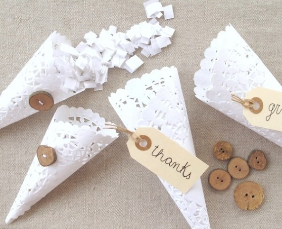 Tüten für Hochzeitsgastgeschenke aus Tortenspitze selber machen