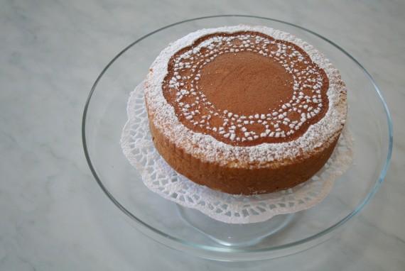 Dresscode beim Date mit Kuchenspitze