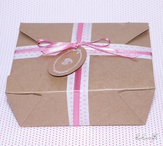 1322765221 776 570x510 Kuchen Post   hübsch verpackt