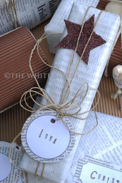 Kreative Weihnachtsgeschenke mit Zeitungspapier