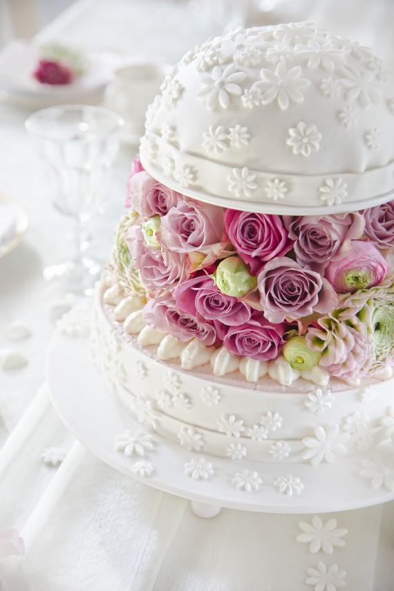 Torte Hochzeit Dekor Verzieren Kaese Sahne Torte 570x380 Hochzeit ...