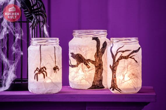 halloween kuchen mit der lizenz zum gruseln. Black Bedroom Furniture Sets. Home Design Ideas