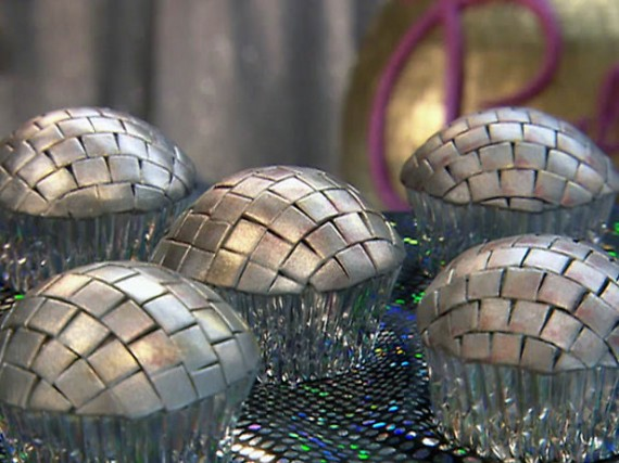 Disco-Cupcake Dresscode beim Date