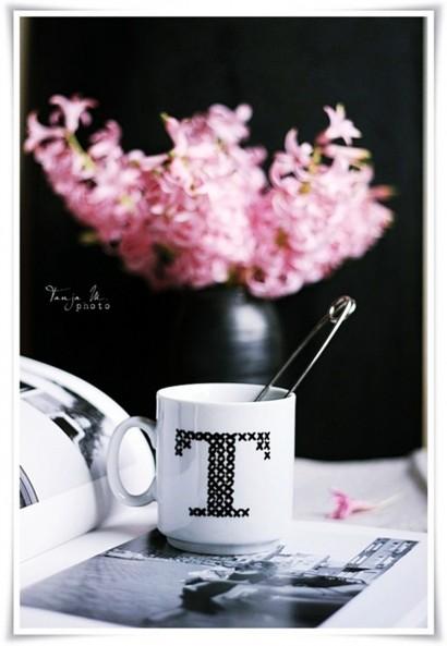Persönliche Monogramm-Kaffee-Tasse selber machen