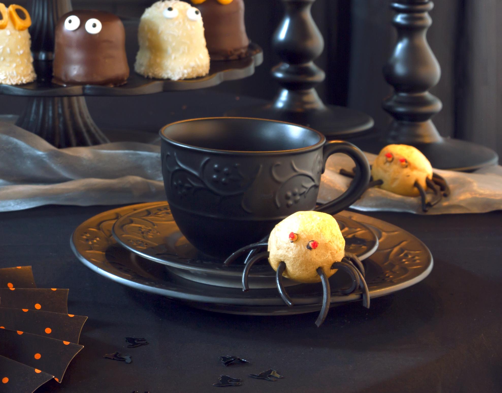 Halloween Deko Geschirr mit Mattlack