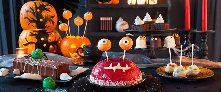 Happy Halloween-PartyKuchenbuffet mit BISS