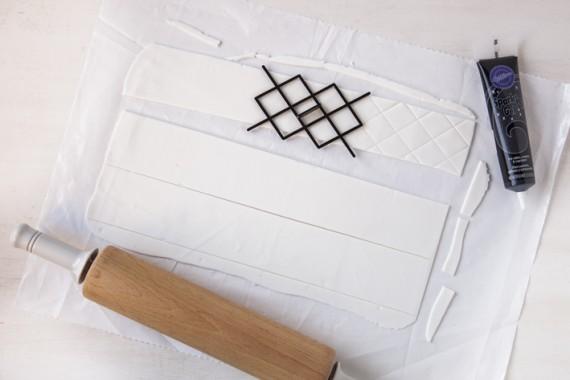 hochzeitstorte schwarz wei black and white torte zur hochzeit. Black Bedroom Furniture Sets. Home Design Ideas