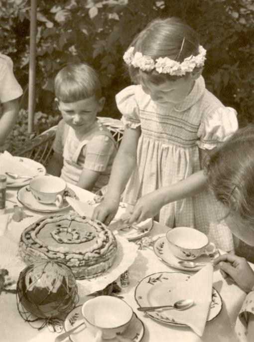 Kalter Hund Kuchen beim Kindergeburtstag
