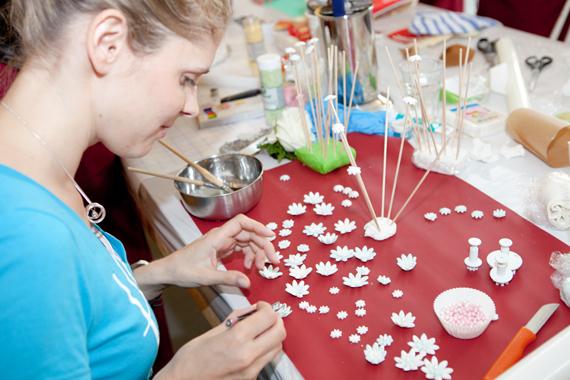 Hochzeits-DIY-Workshop-Fondantblüten