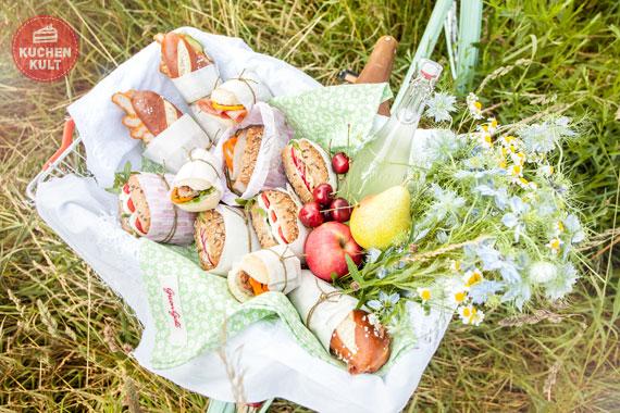 Heiratsantrag machen   romantisches Picknick organisieren