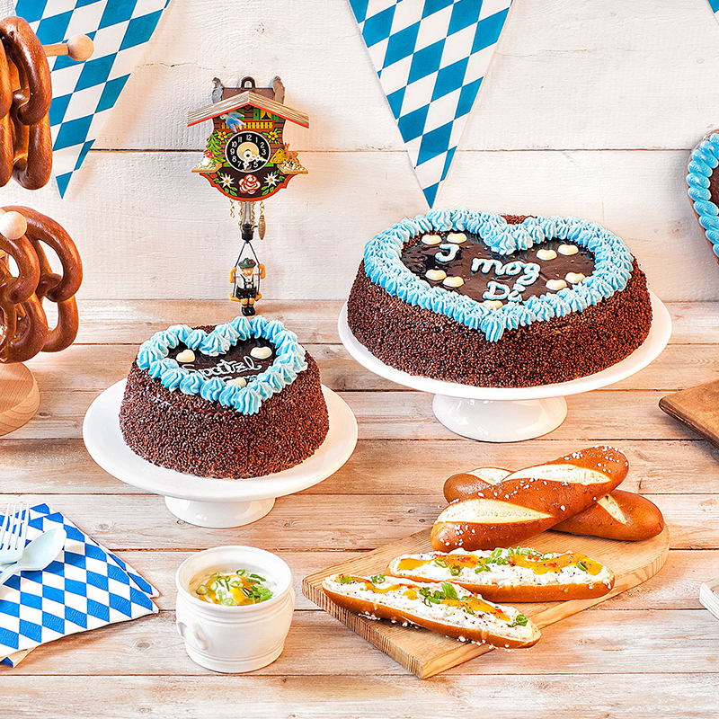 oktoberfest party mottoparty okotberfest mit kuchen co. Black Bedroom Furniture Sets. Home Design Ideas