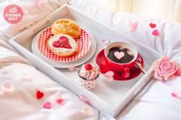 Valentinstags-Überraschung: Frühstück mit Herz