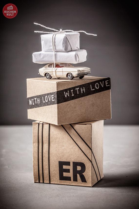 Idee Geschenke Verpacken für ihn - Karton - Masking Tape- Gummibänder
