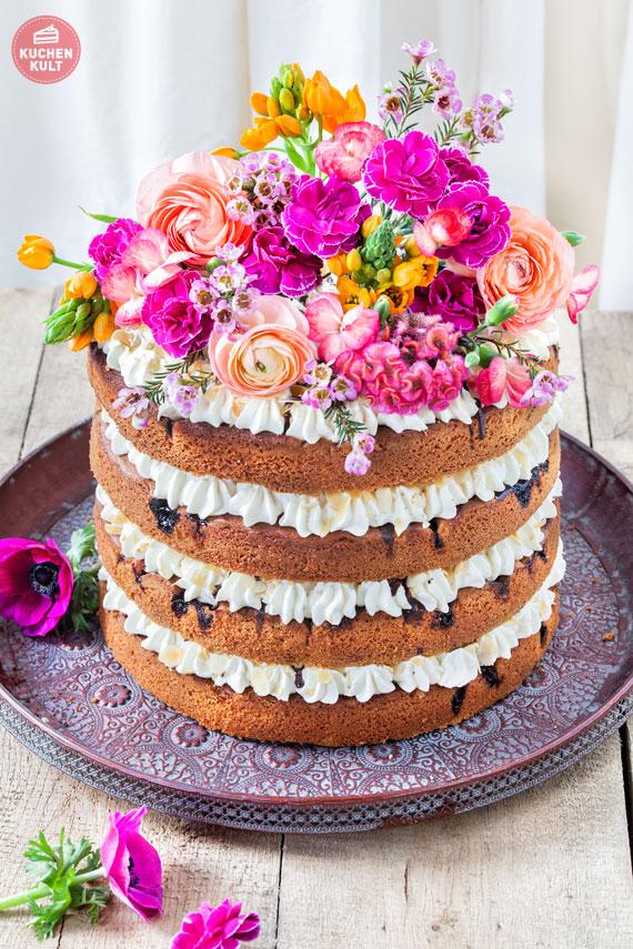 Hochzeitstorte als Naked Cake mit Flowerpower