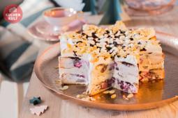 Advents-Kaffee mit Kuchen-Baum und Torten-Stern