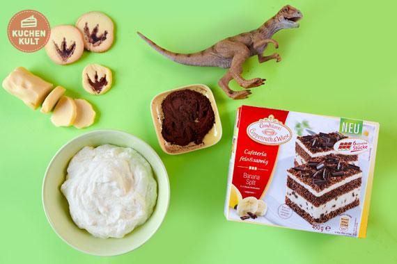 Kuchen mit Fossilienkeksen Dino Fußabdrücke