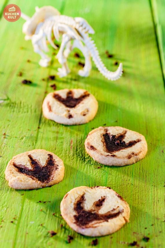 Kekse mit Dino Fußspuren selber machen
