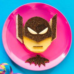 Brötchen Rezept Superheld als Fun Food zu Karneval