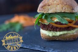 BURGER-MANIA: Veggie Burger Deluxe