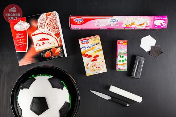 Anleitung Fußball Torte