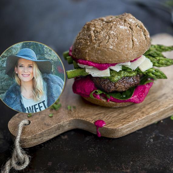 Bio Roggenbrötchen Coppenrath & Wiese als Gelloway-Rindfleisch Burger mit grünem Spargel