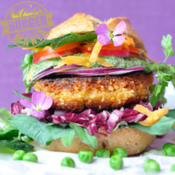 """Vegetarischer Burger: Rezept für den """"Wilden Gartenburger"""" bei der BURGER-MANIA:"""