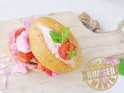 Süßkartoffel Burger Rezept mit Rosenpesto – Die BURGER-MANIA