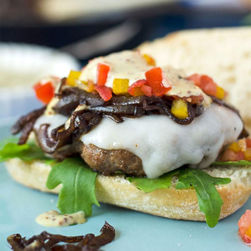 BURGER-MANIA: Lamm Burger mit Estragon-Senfsauce 3