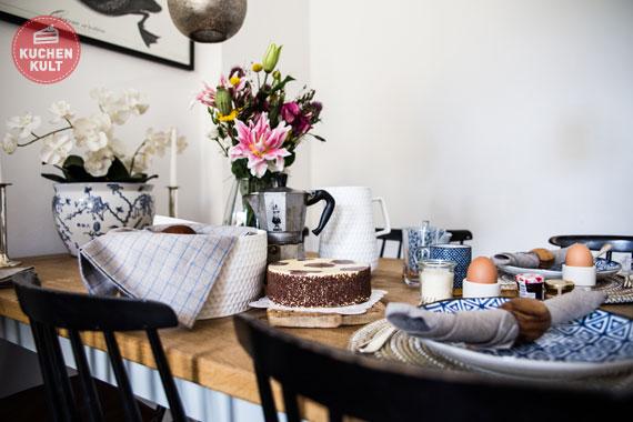 Auf ein Stück Kuchen bei Nina Bungers, Coppenrath & Wiese, PAULA Fleckentorte