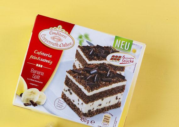 Cafeteria fein&sahnig Banana-Split Blechkuchen aus der Conditorei Coppenrath & Wiese