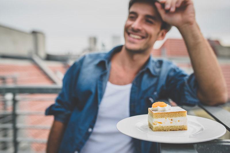 Auf ein Stück Kuchen mit Max Alberti