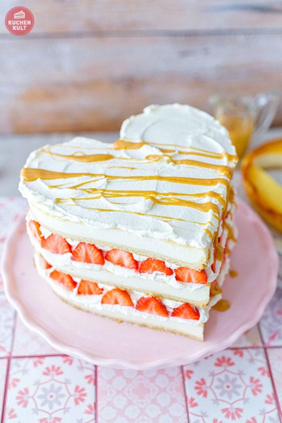 Triple Cheesecake Erdbeer Toffee Valentinstag Herzkuchen Käsekuchen Coppenrath & Wiese