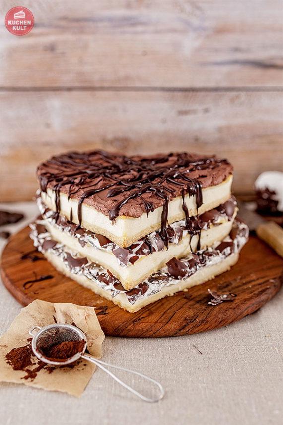 Triple-Toffee-Cheesecake mit Schaumküssen Valentinstag Käsekuchen Coppenrath & Wiese