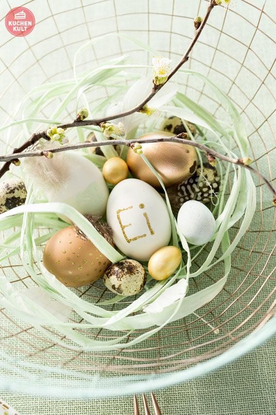 Ostern Tischdeko Eier bemalen Ideen Gold