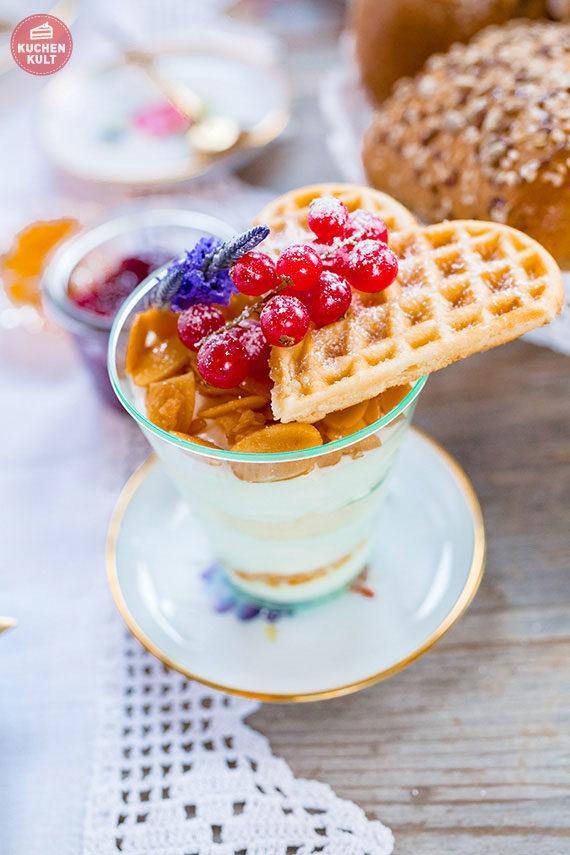 Geschenkidee Muttertagsfrühstück Muttertag Frühstück Brötchen Dessert Coppenrath und Wiese