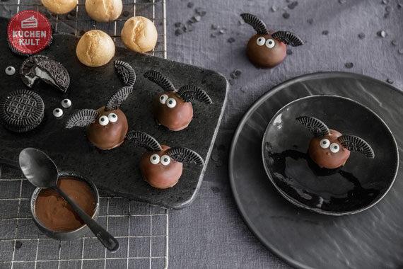 Halloween-Torte-Buffet-Snacks-Rezepte-Cake Pops- Fledermäuse- Vampire