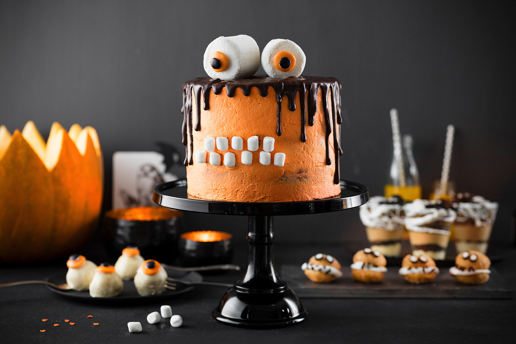 monstertorte rezept halloween snacks torte selber machen. Black Bedroom Furniture Sets. Home Design Ideas