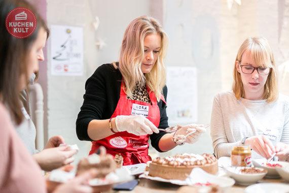 Blogger-Event #tasteofdecember Coppenrath & Wiese, Dr. Oetker, Henkell, Nora Lange, Torte als Dessert zu Weihnachten