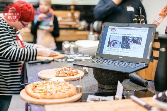 Blogger-Event #tasteofdecember Coppenrath & Wiese, Dr. Oetker, Henkell, Nora Lange, Pizza zu Weihnachten