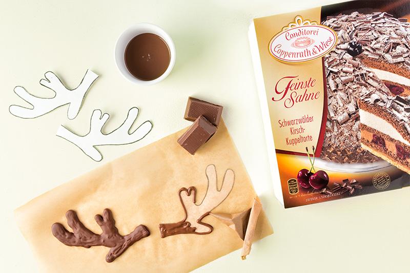 Zutaten für Weihnachtstorte mit Rentiergeweih aus Schokolade