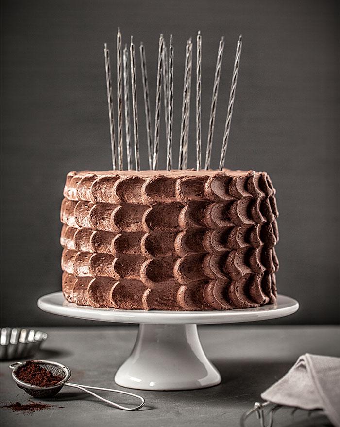 Geburtstagstorte aus Schokolade selbst dekoriert