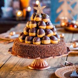Weihnachtstorte Rezept und Inspiration für Windbeuteltorte