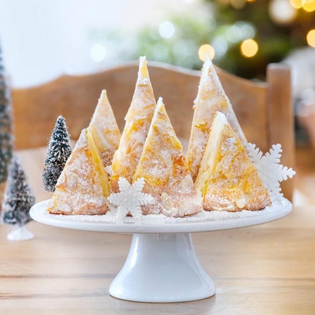 Weihnachtskuchen Rezept und Idee zur Dekoration mit Tannenbaum