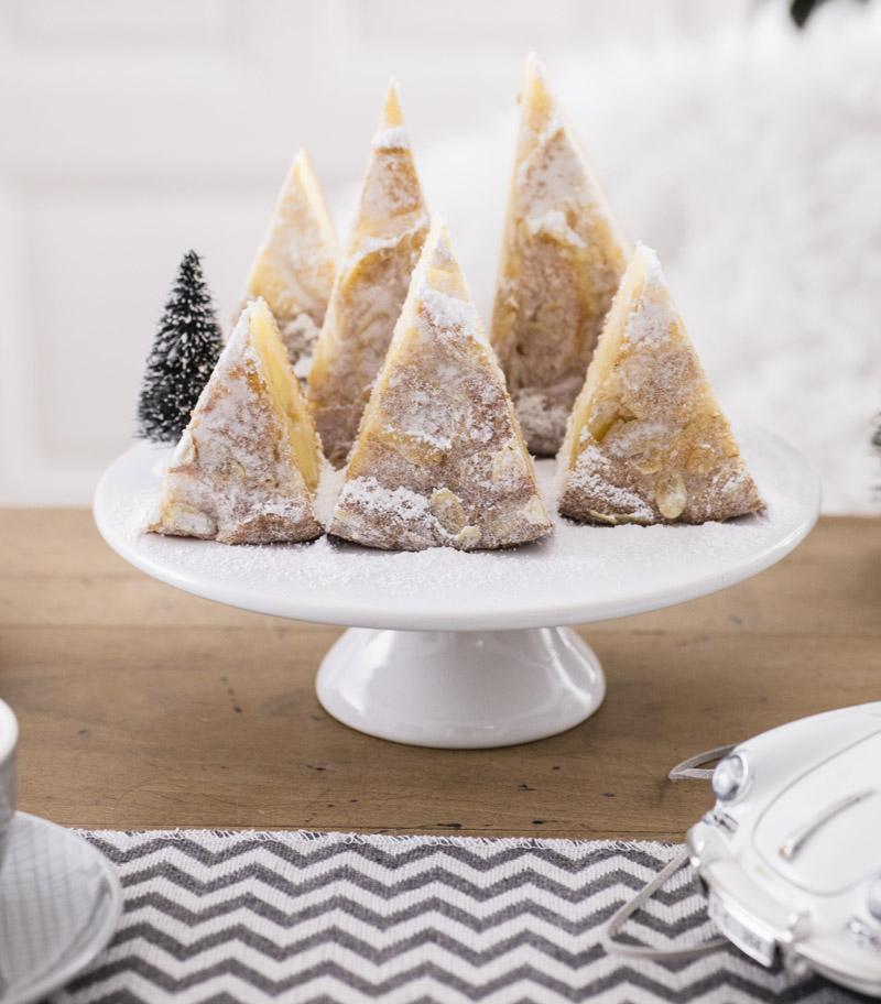 Kuchen Deko Ideen für Kuchen an Weihnachten: Kuchen servieren »
