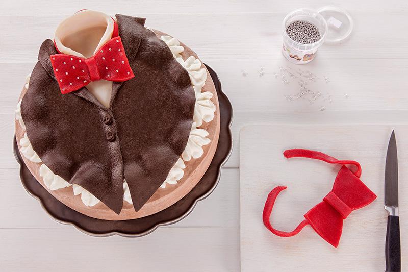 Zubereitung Deko für Geburtstagstorte für Männer