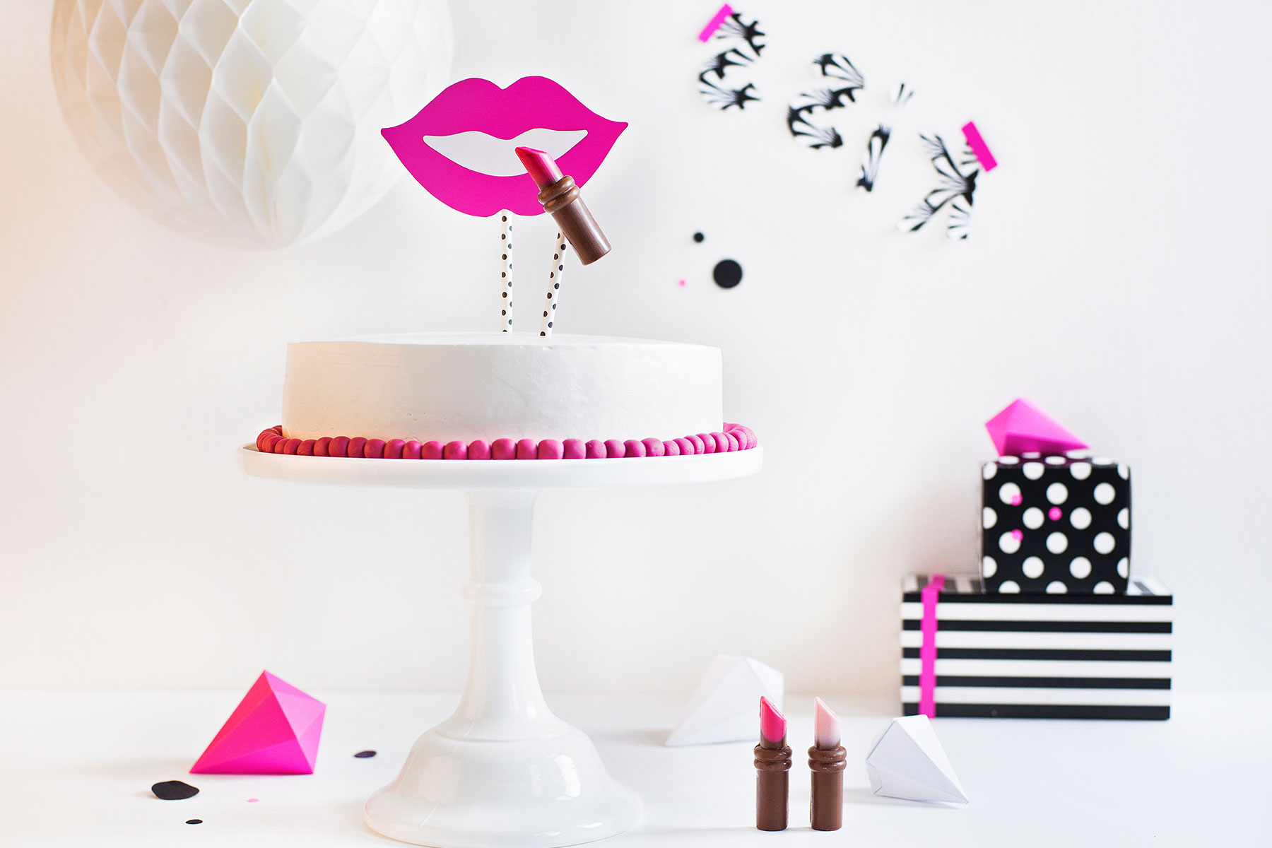 How To Make Lipstick Cake Pops