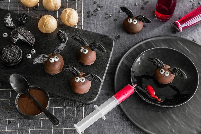 Halloween Kuchen als Cake Pops mit Fledermäusen
