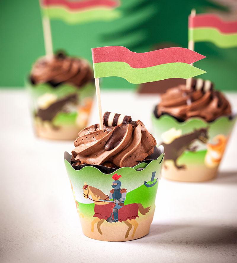 Cupcakes als Kindergeburtstagskuchen dekoriert für kleine Ritter