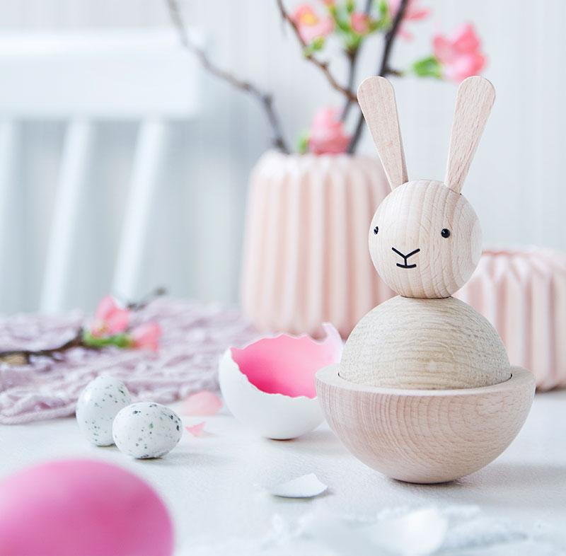 Deko Eier-Hase passend zum Kuchen für Ostern