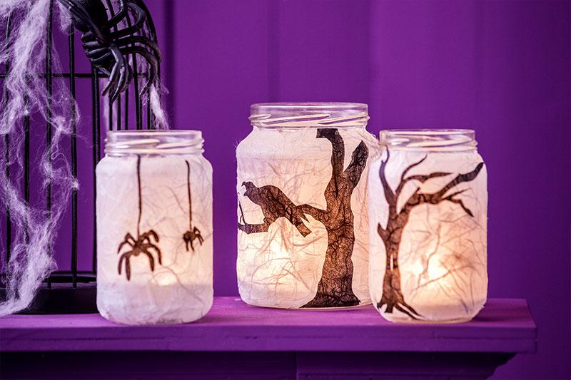 Deko Windlichter für Halloween passend zum Kuchen